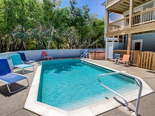 Duckaway Home | 993 ft from the beach | Private Pool, Hot Tub | Duck