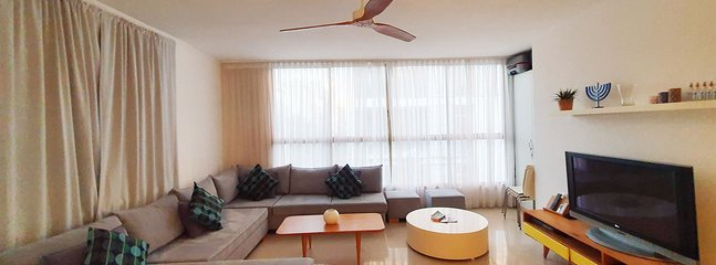 Apartment Lilas | 3BR | Tel Aviv | Seaside | Ha'Rav Kook St | #TL51