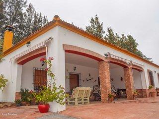 Vila Concha, casa de campo con piscina y chimenea para 8 personas