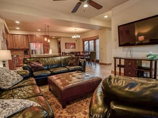 Mid Ski Season/Spring Deals! Spectacular, Spacious Townhome On Free Bus Rte, Vie