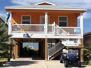 SS1024: Beach Decor, Fenced Yard, Outdoor Shower, Free Golf Cart