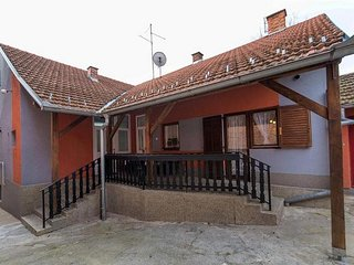 Two bedroom house Daruvar, Bjelovarska (K-17937)