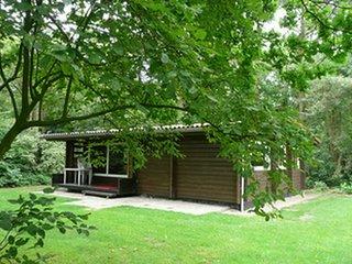 Finse vrijstaande bungalow met drie slaapkamers.