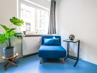1C ★Stylish & Comfy★| Private Room at the City Center