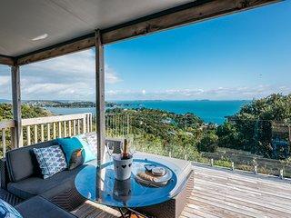 Sol Vista - Waiheke Holiday Home, Abel Tasman National Park