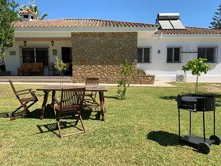 5 Bedroom, Family Home with Garden, Jerez - Casa Jacaranda