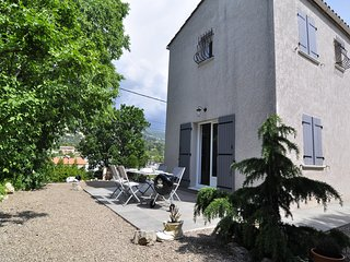 Entire House, 2 bedrooms, Grasse