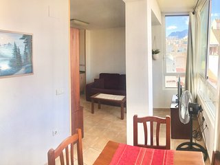 APARTMENT IN THE OLD BENIDORM  [D-678]