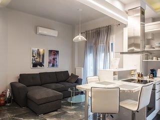halu! #Selene: Luxurious City Centre Apartment