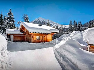 Chalet Hollygotty - OVO Network