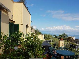 Villa Francesca, 5 bedr.s, 5 bathr.s, 4 livingr.s with sofabed, stunning view