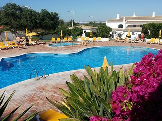 Alto Golf and Country Club, Alvor.  AltoClub - Beautiful 2 bedroom apartment.