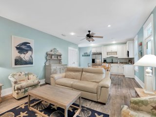 Destin Paradise | Luxurious 5BD Steps from Beach❤️