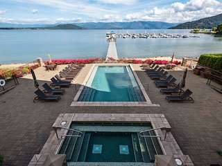 Seasons at Sandpoint - Luxury Waterfront Condo - Short Walk to Town - Profession