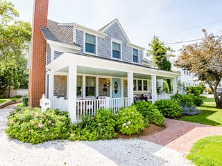 Immaculate Chatham Village Renovation: 207-C