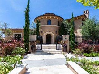Luxury Getaway - Mansion Resort - Paradise Views