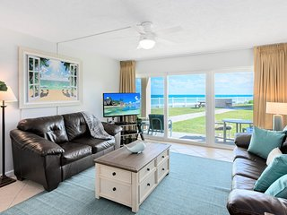 Oceanfront...Ground Floor...Amazing Ocean Views ... Large HD LED Plasma TV's