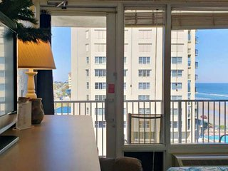 Ocean & River Views-The BEST of Both Worlds-6th-Floor Unit at Ocean Front Pirate
