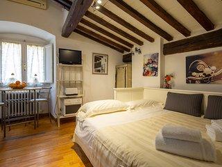 Santa Trinita Suite A