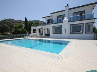 Bluebell Villa