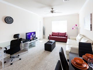 Trendy 2 Bedroom Furnished Apartment in Downtown LA