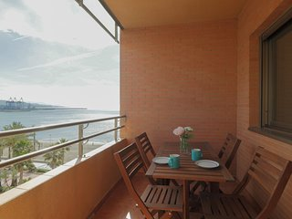 Seafront Malaga Central Apartment (C68)