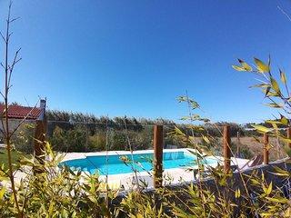 Big villa with swimming-pool & Wifi