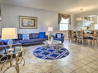 Disney Resort Home - Perfect for Large Groups!