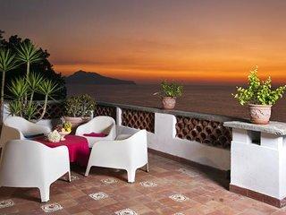 Villa Dafne Sorrento - Apt Rose