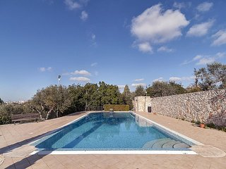 Casarano Villa Sleeps 10 with Pool Air Con and WiFi