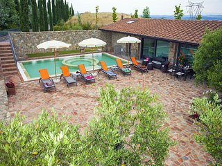 Villa la Tabaccaia - Charming villa for 6, with hydromassage pool