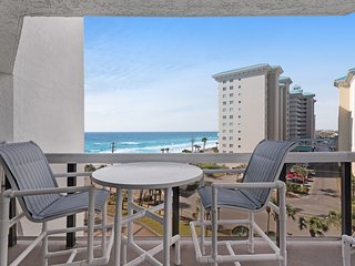 Gulf view condo w/ balcony & shared pool, hot tub, gym & beach skybridge!