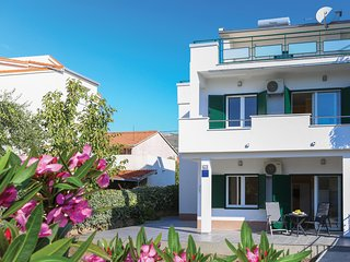 Awesome apartment in Kastel Stari w/