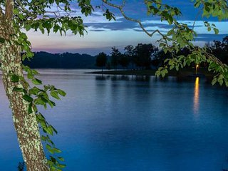 10% OFF 5/27-7/1 * Ruby's Lakehouse w/both Sunrises & Sunsets -Boat Ramp & Dock