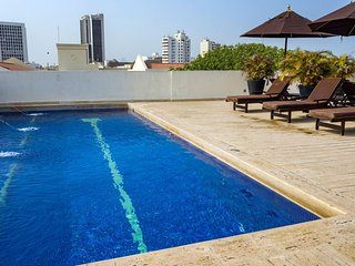 Car075-Charming 1 bedroom apartment with rooftop pool in Cartagena