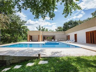 Anp002-Beautiful villa with pool and 5 bedrooms in Anapoima
