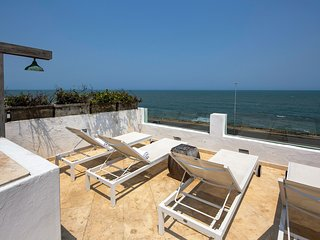 Car048-Luxurious 4 bedroom villa with beautiful view in Cartagena