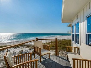 10% Winter Discount!! Beautiful Gulf Front Home!!! Unbelievable Beach access and