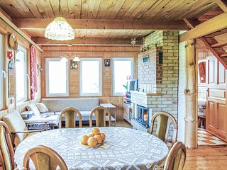 Awesome home in Mragowo w/ WiFi and 3 Bedrooms
