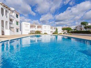 Apartamento con piscina,jardines y a 300mts de la playa