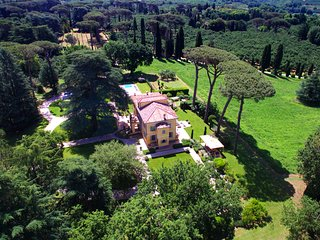 Peaceful private park Relais near Rome to intersperse History Art & Relax