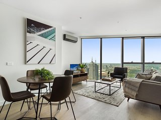 Sophisticated Luxury in the Heart of Melbourne CBD