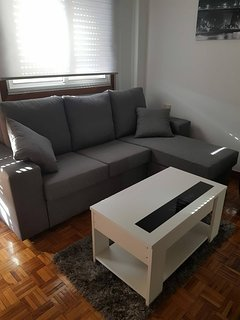 Apartment in Fragoso street, very spacious and close to Samil.