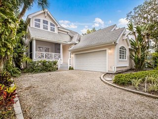 Boca Bay-144 Carrick Bend Lane
