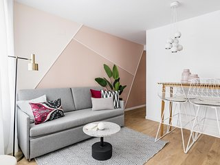 Olala Color Apartment 1B