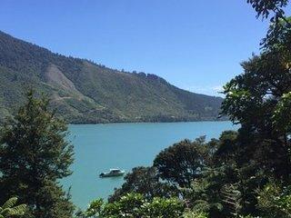 Fernleigh - Moetapu Bay Holiday Home, Abel Tasman National Park