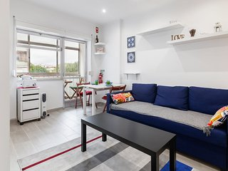 Beautiful One Bedroom Apartment near Benfica