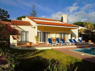 Vale do Lobo Villa Sleeps 8 with Pool and Air Con - 5757559