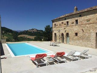 Luxe vakantiewoning met zwembad 8 personen
