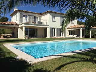 4 bedroom Villa with Pool, Air Con and WiFi - 5714925